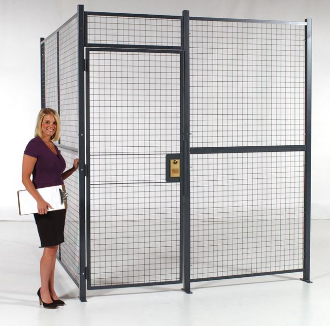 Style 840 Wire Partitions Front View