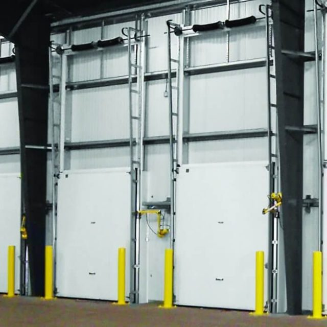coldguardr vertical lift cold storage door