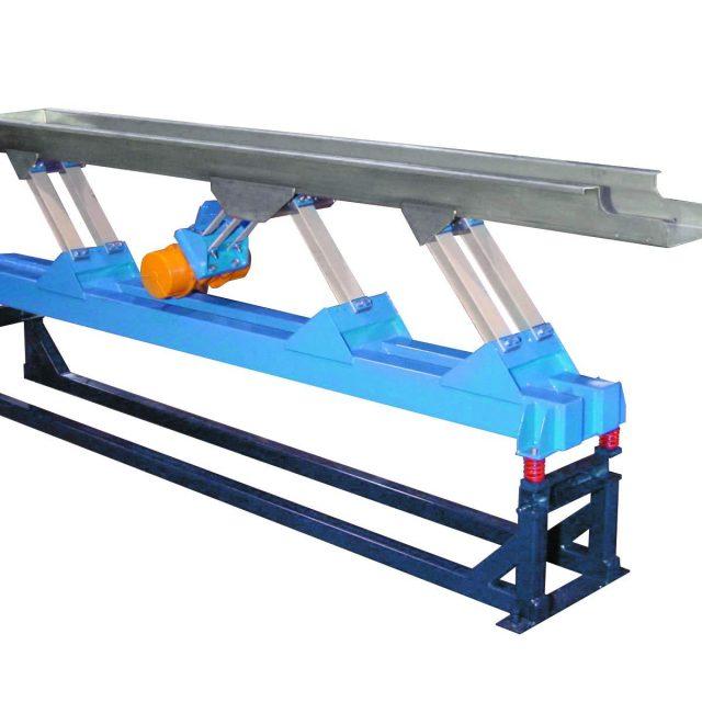 Powder ad transfer conveyor