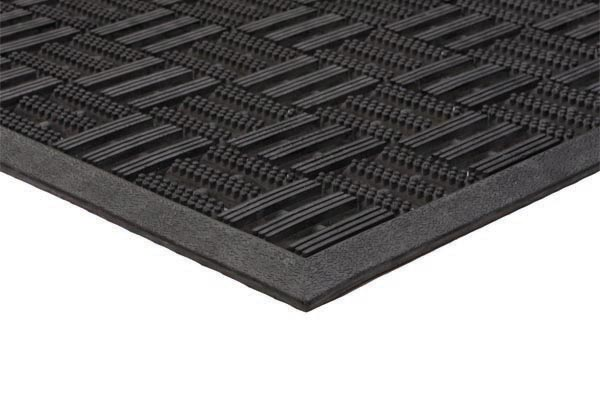 Aqua Flow Black Mat