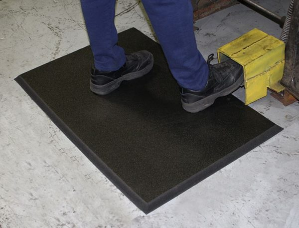 Comfort Stand Matting in Industrial Application