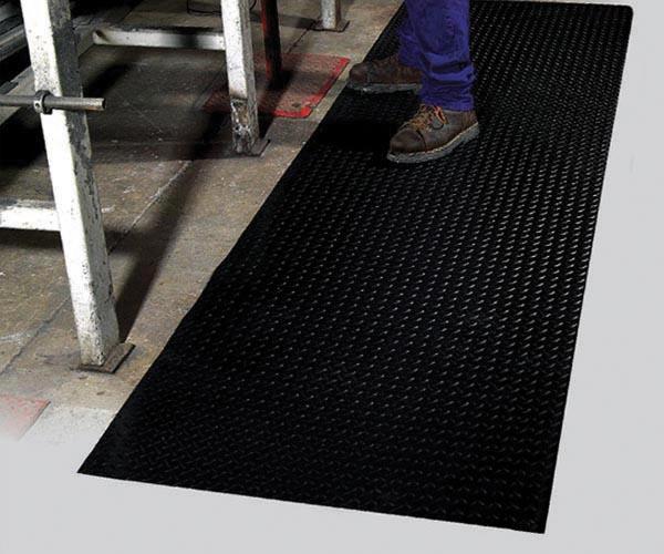Diamond Runner Floor mat used in Industry