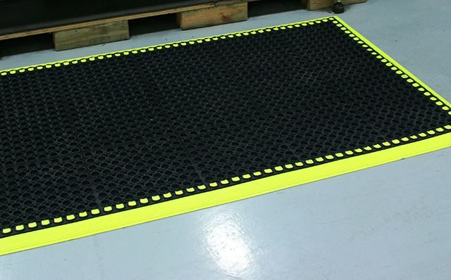 HiVis Matting in Warehouse