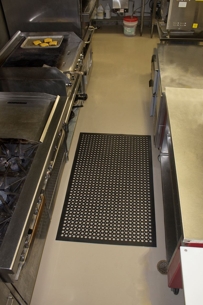 WkEdge Black Matting in front of kitchen grill