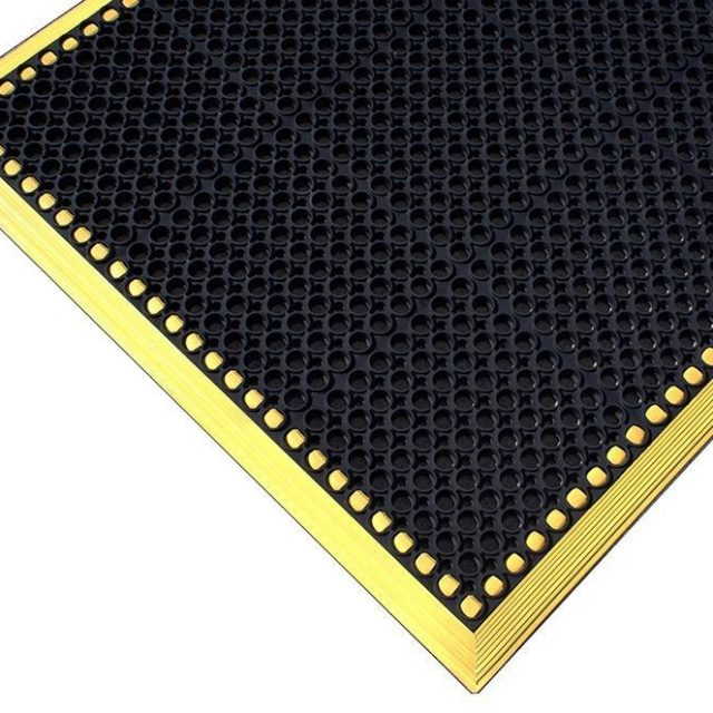 Yellow High-Vis Matting with Drainage