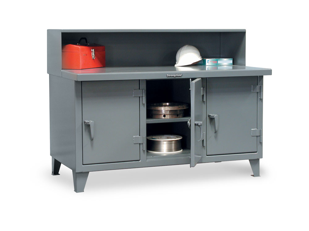 Stronghold industrial workbench with 3 compartments