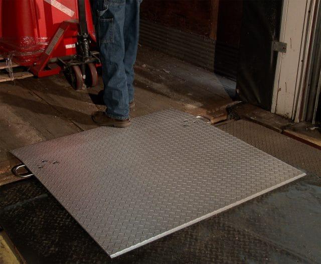 dockplates for loading docks